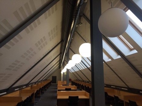 One of the study areas of the Maastricht University library.